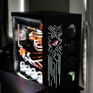 Đại gia U40 bỏ ra 700 triệu đồng để sở hữu dàn máy PC khủng