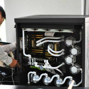 vnExpress.net – Lắp bộ máy tính 700 triệu đồng để làm khoa học